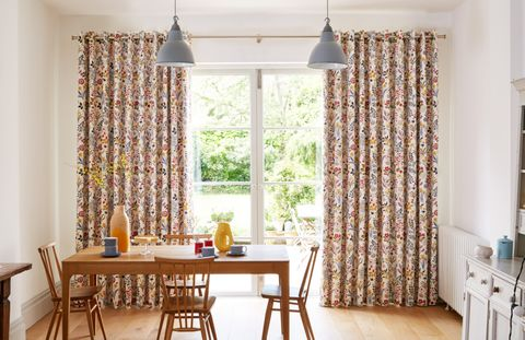 Go Colour Clash With Curtains Amp Roman Blinds Hillarys