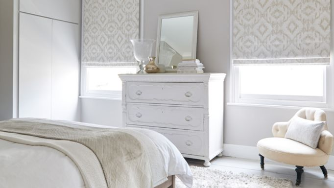 Mindora-Opal-Roman-blinds-bedroom