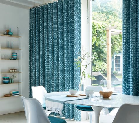 Mosaic Tile Turquoise Wave Curtain in Dining Room