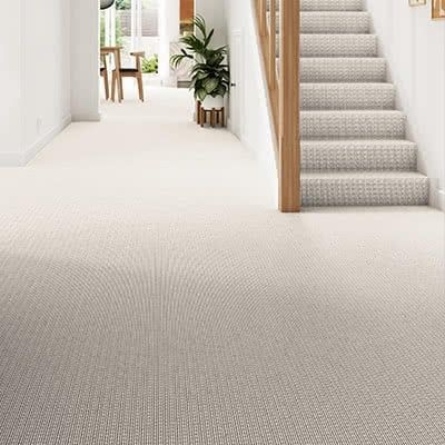 Cream-carpet-hallway-stairs-bridgford-ermine