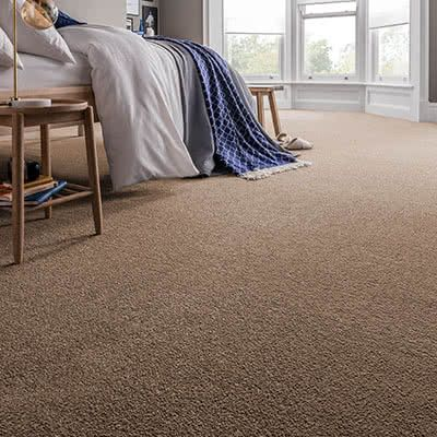 Brown-carpet-bedroom-spectrum-taupe