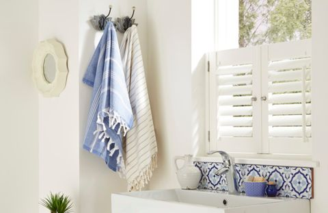 cafe style-small window shutters-bathroom
