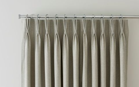 Pinch Pleat Curtain Header - Made to Measure Pinch Pleat Curtains