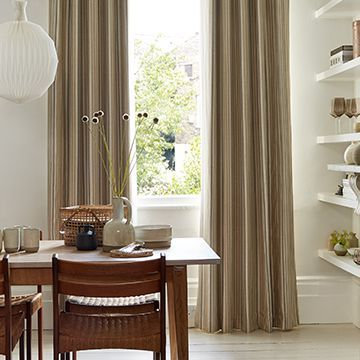 Brown curtains in the dining room - Wilcox natural