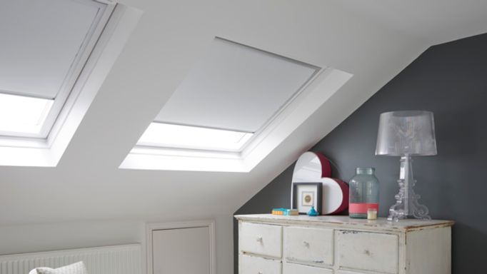 VELUX-WHITE-BLACKOUT-