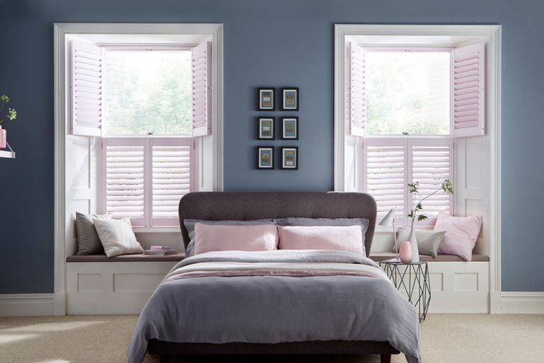 tier-on-tier-shutters-bedroom