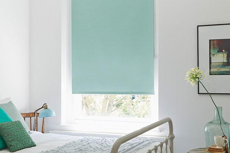 roller blinds uk 50 off made to measure roller blinds. Black Bedroom Furniture Sets. Home Design Ideas