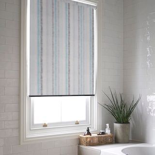 Dash teal roller blind