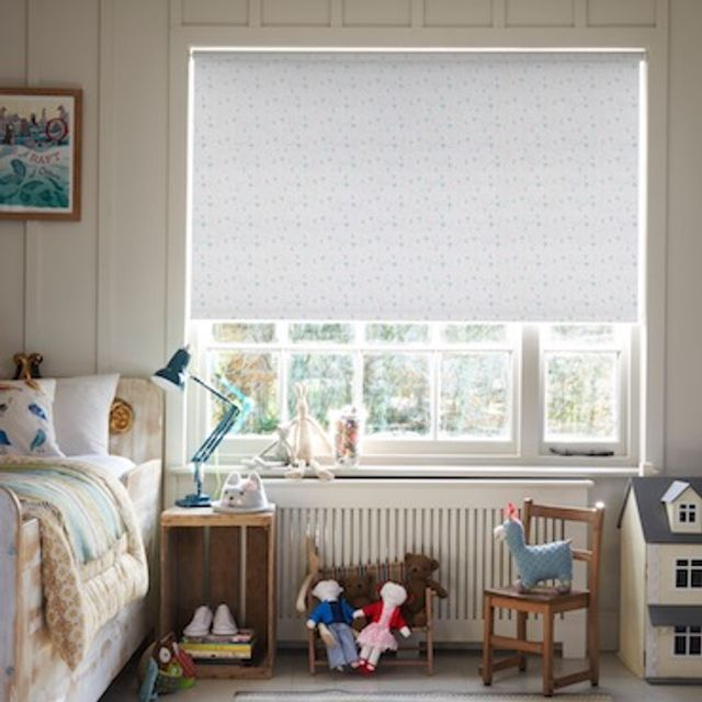 Tweety birds teal roller blind