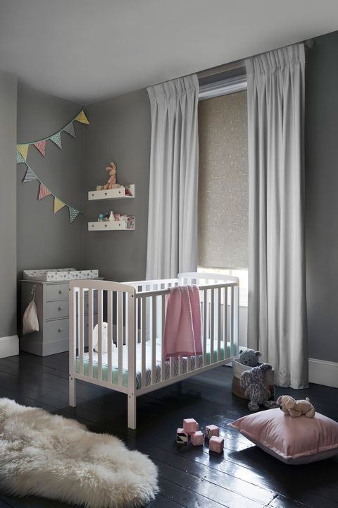 Child's Nursery with patterned roller blind