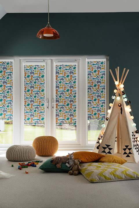 Children's jungle print perfect fit blinds in playroom