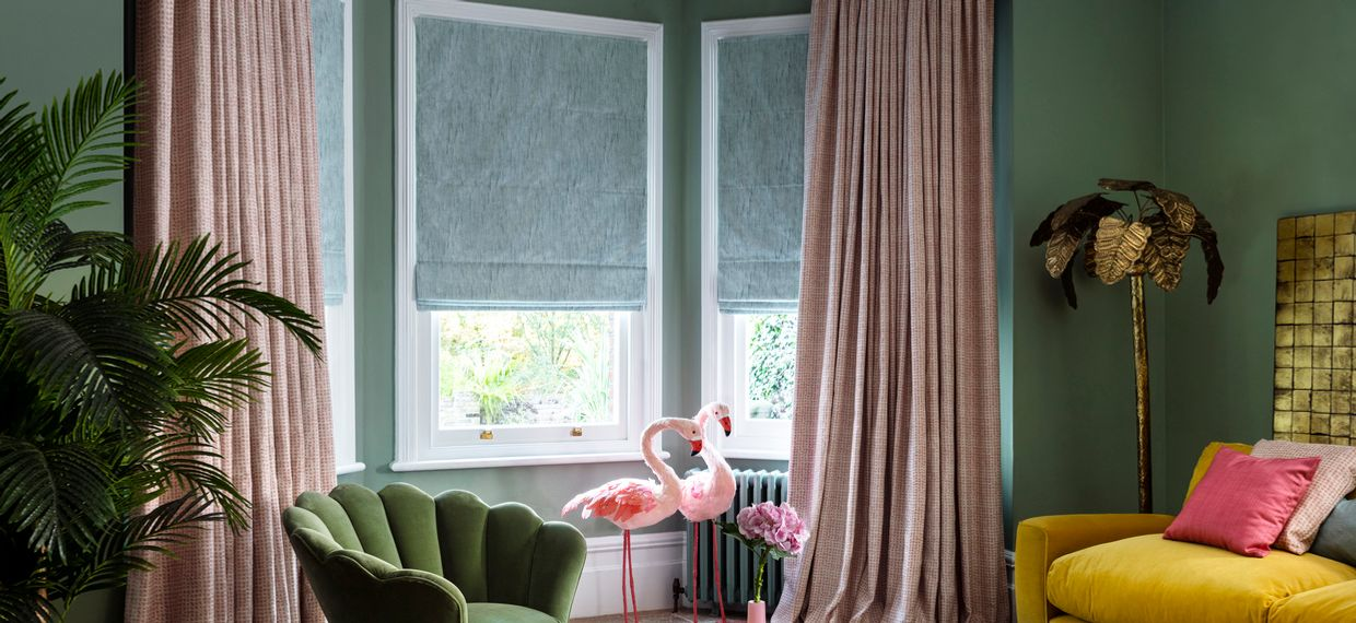 Romari Peach curtains and Mineral Azure Romans in a retro sitting room