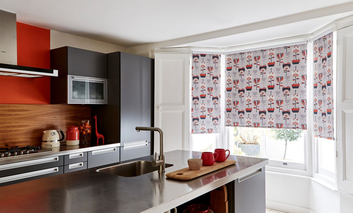 Imrie Scarlett Roller blind in kitchen
