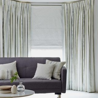 Curtain_Cascade Pebble_Roomset