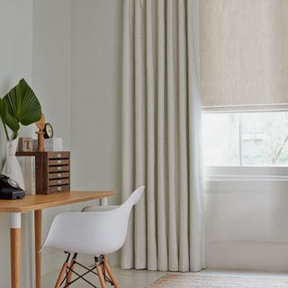 Roman Blind_Mineral Chalk_Roomset