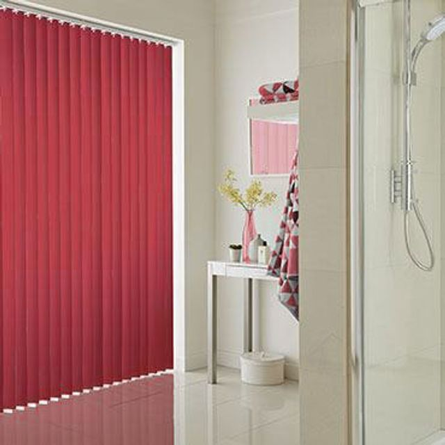 Vertical Blind_Acacia Raspberry_Roomset