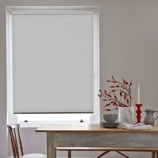 Roller Blind_Acacia Dawn Grey_Roomset