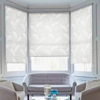 Roller Blind_Elsham Ice White_Roomset