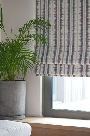 Vivado Russet roman blinds with house plant