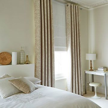 Curtains_Bamboo Linen and Mineral Chalk Roman Blind_Bedroom
