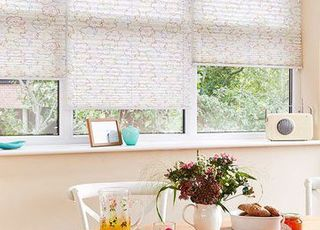 Pleated Blind_Misha Nature_Dining Room
