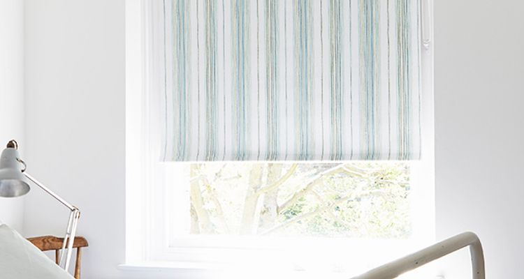 Blue-Striped-Roller-blind-Bedroom-Melia-Mineral