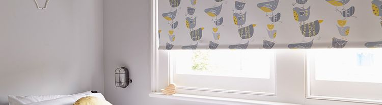 dickie-birds-roller-blind-bedroom