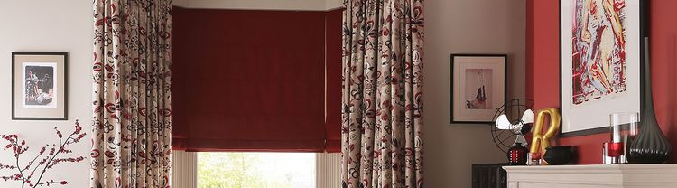 red-roman-blind-living-room-bardot-redcurrent