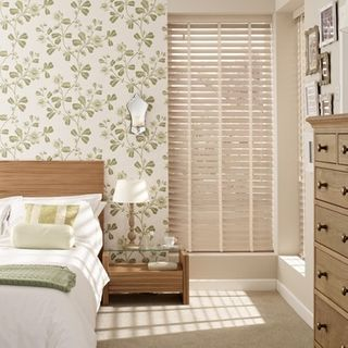 Wooden Blinds_Haywood Limed White_Roomset