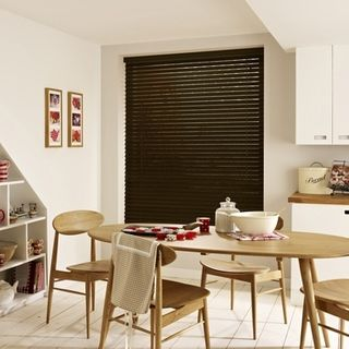 Wooden Blinds_Wood Illusions Brazil Nut_Roomset