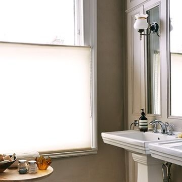 Reber-cream-cafe-style-Roller-Blind-Bathroom