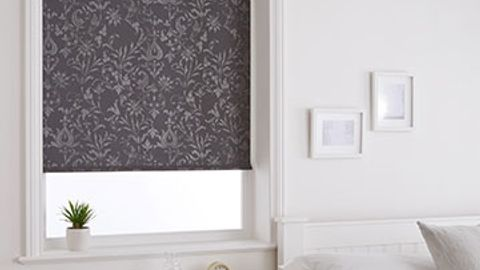Roller-blind-Dulcie-Anthracite-Bedroom