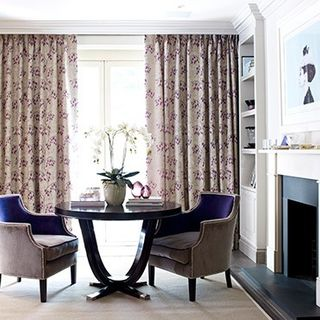 Curtain_Willowy Amethyst_Roomset