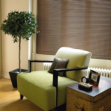 Mahongany-Venetian-Blind-Living-Room