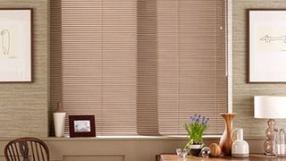 Soft-Brown-Venetian-blind-Dining-room-Brown