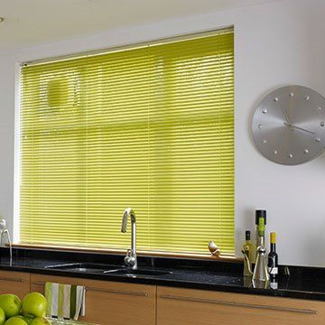 Fresh-Apple-Venetian-blind-Kitchen