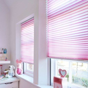 Pleated Blind_Serita Rose_Childrens Bedroom