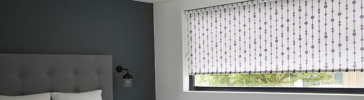 Purple patterned roller blind-Bedroom-Retta aubergine
