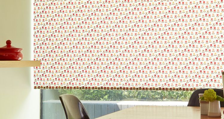Red floral roller blind-Kitchen-Nelda red