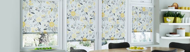 Yellow-patterned-Roller-blind-Kitchen-Betsy-Mustard