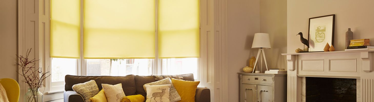 Yellow-Roller-blind-Living-room-Ravenna-Zest
