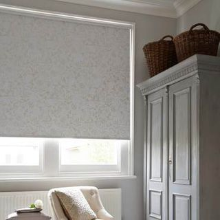 Roller Blind_Dulcie White_Roomset