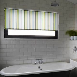 Roller Blind_Lexi Luscious Green_Roomset
