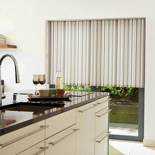 Roller Blind_Lexi Natural_Roomset