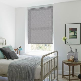 Roller Blind_Zulma Grey_Roomset