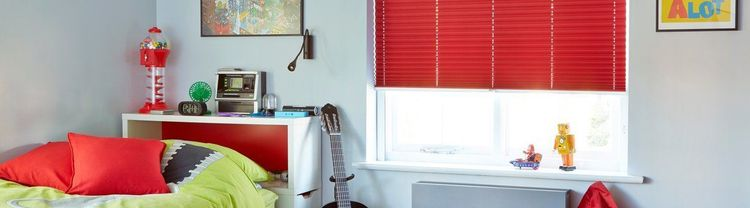 red-pleated---bedroom---crush-crimson