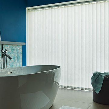 Vertical Blind_Alma Ivory_Bathroom