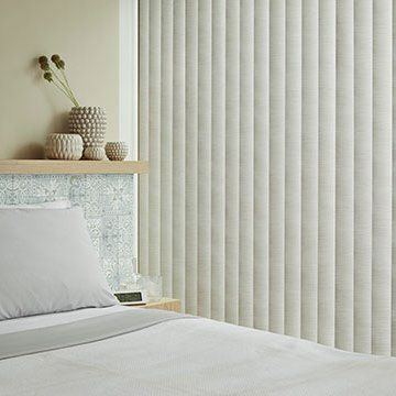 Vertical Blind_Iwoa Linen_Bedroom