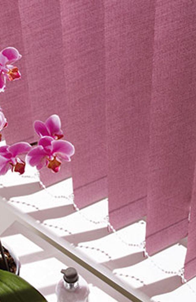 Vertical Blind_Tresco Plum_Living Room