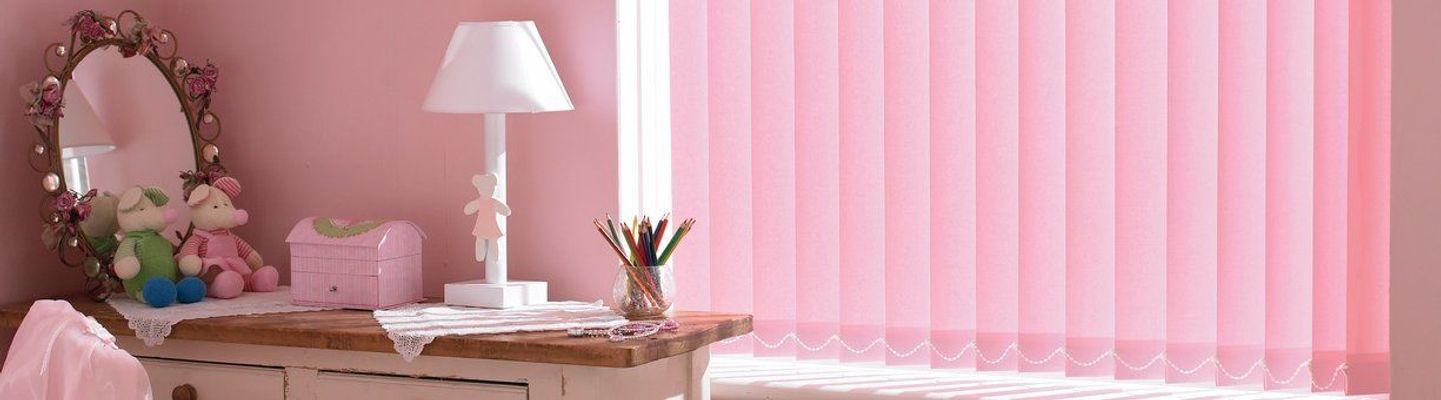 pink-vertical-bedroom-acacia-mallow
